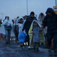"""Migranti, Austria e Germania aprono frontiere. Mattarella: """"Spero linea comune su asilo"""""""