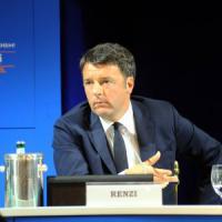 """Renzi, prima volta a Cernobbio: """"Vogliamo maglia rosa Ue. Ora giù le tasse"""""""