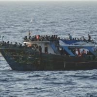 Europol: sono 30 mila i trafficanti di esseri umani