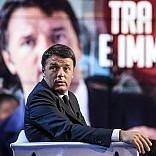 """Renzi: """"Ridaremo ai sindaci quello  che togliamo di Imu e Tasi""""   video   Dice no a raid contro l'Is in Siria"""