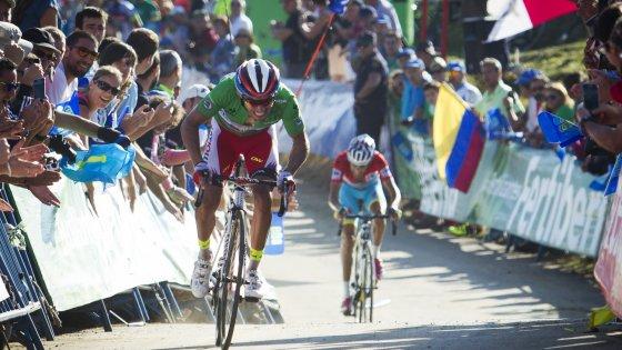 Vuelta, Aru resiste nella tappa più dura: ma la maglia è di Rodriguez per un secondo