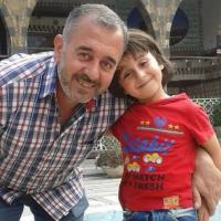 Osama, il padre preso a calci dalla giornalista