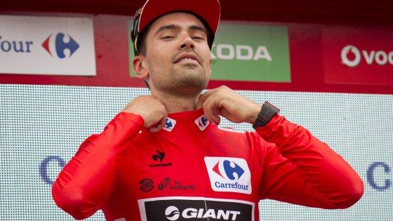 Vuelta, Aru fa l'impresa a crono: la rossa a Dumoulin per 3'', ma ora ci sono le salite
