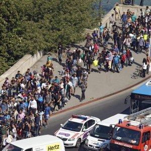 """Rifugiati, appello alla Ue di 13 giornali: """"Serve coraggio"""""""