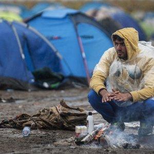 Rifugiati, cosa prevede il Trattato di Dublino. E perché è contestato