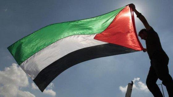 Via libera dell'assemblea: la bandiera palestinese sventolerà all'Onu