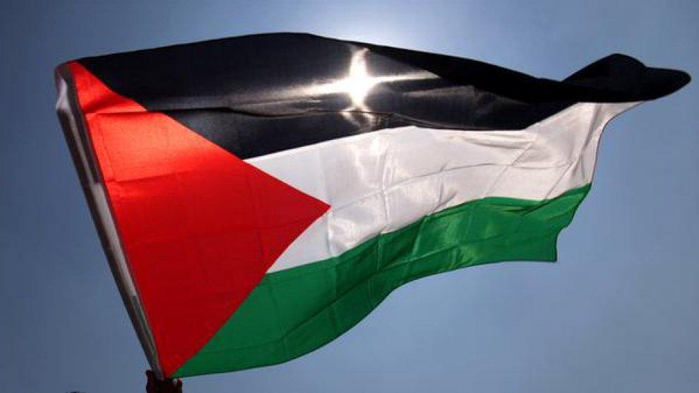 Onu, la bandiera palestinese sventolerà davanti al Palazzo di Vetro