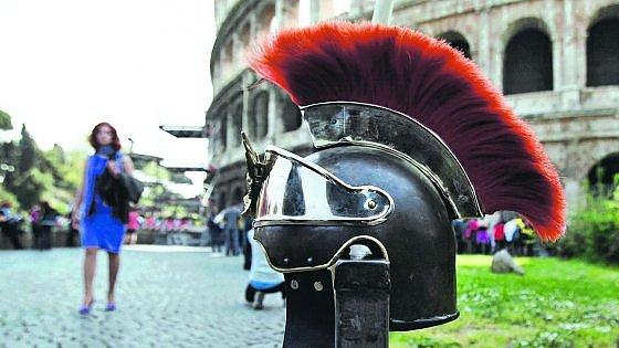 Colosseo, il paradosso nazionale tra assemblee e centurioni