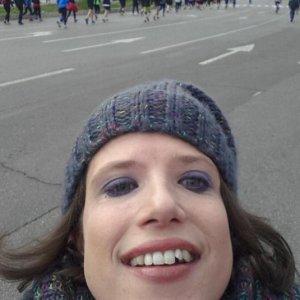 """Deputata Pd disabile pubblica sue foto in costume su Fb: """"Non vergognatevi del vostro corpo"""""""