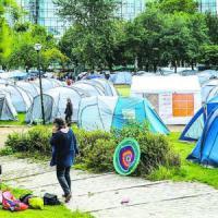 Maximilien, il campo nel cuore di Bruxelles