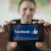 'Gli Stati Ue possono bloccare il flusso dei dati degli utenti di Facebook verso gli Usa'