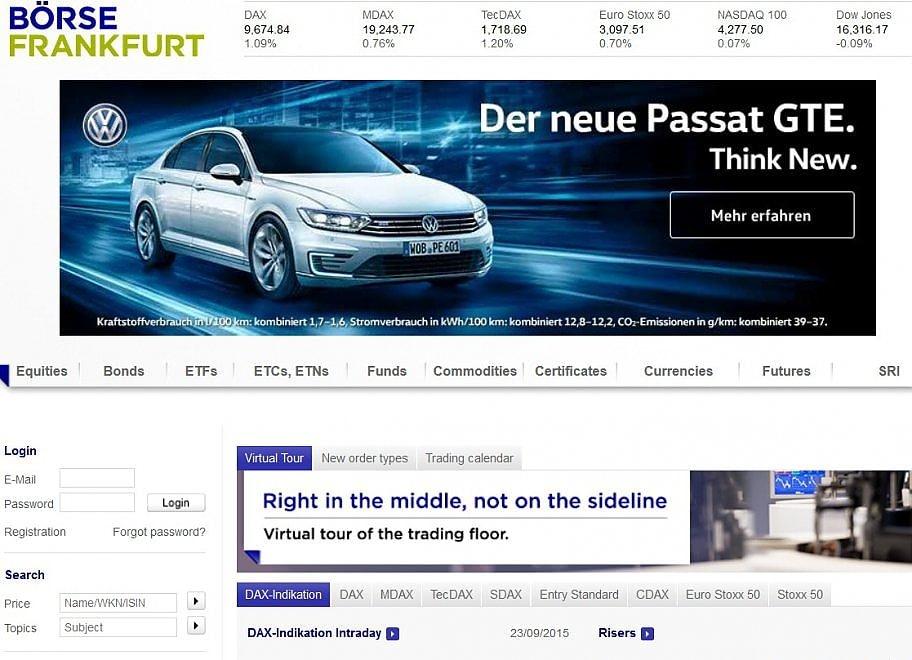 """""""Pensa nuovo"""": la pubblicità Volkswagen alla Borsa di Francoforte, mentre il titolo tracolla"""