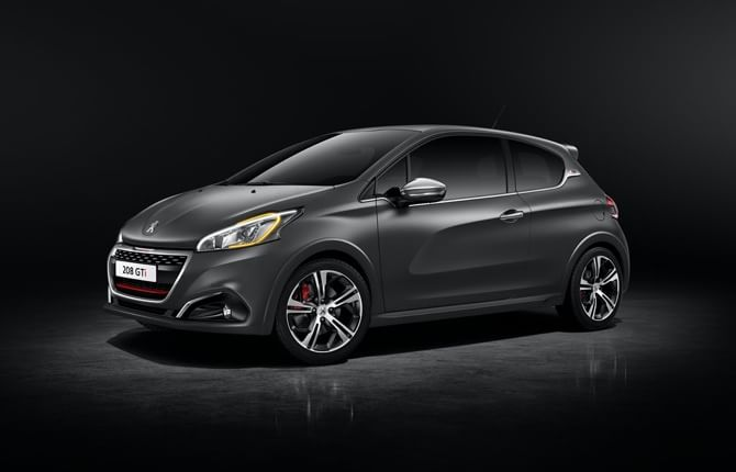 Peugeot Driving Experience, tutti in pista