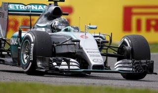 F1, Rosberg in pole in Giappone: la Mercedes torna a volare