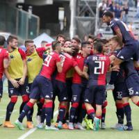 Serie B: lo Spezia espugna Livorno. Il Cagliari vola in vetta
