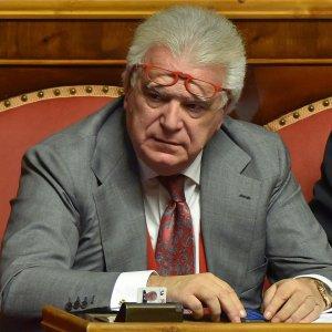 """La tela del ragno di Verdini """"Io sono un taxi che porta da Berlusconi a Matteo. Così al potere altri 10 anni"""""""