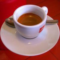 La caffeina, come la luce, sposta l'orologio biologico