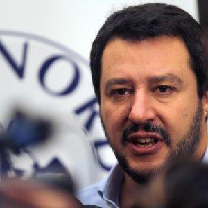 Niente viaggio in Nigeria per Salvini: gli negano il visto sul passaporto