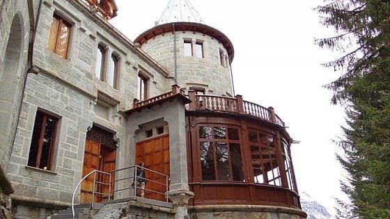 Dal miramare alla reggia di ludwig il fascino dei for Case in stile castello