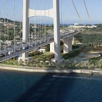 Ponte sullo stretto di Messina come ferrovia, ma Delrio: