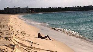 Anguilla. La quiete nel blu -   ft