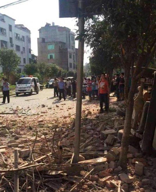Cina, ecco le immagini delle esplosioni
