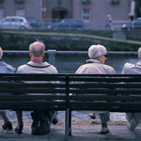 """Oms, il mondo invecchia: """"Nel 2020 più ultrasessantenni che bimbi sotto i 5 anni"""""""