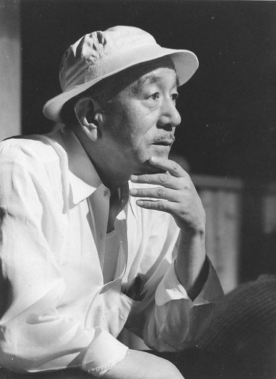 """""""Viaggio a Tokyo"""" e altri capolavori: Ozu, il maestro che ha fatto la storia del cinema"""