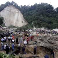 Guatemala: valanga travolge e cancella un villaggio: decine di morti, centinaia i dispersi