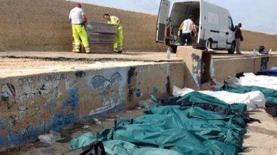 """Migranti, 2 anni fa la strage di Lampedusa Mattarella: """"Fu vergogna, scuota la Ue"""""""
