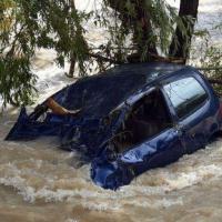 Francia, la Costa Azzurra sommersa dalla pioggia: vittime