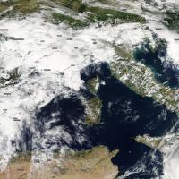 Tempesta su Costa Azzurra, il maltempo verso l'Italia. Le foto da satellite