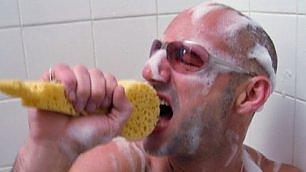 Canticchiare sotto la doccia Le 20 canzoni più amate