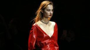 Nina Ricci: lo stile semplice     Le modelle acrobate        Speciale