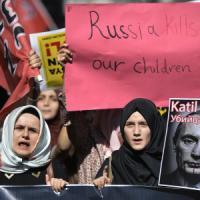 "Siria, ancora raid russi. Assad: ""Occidentali, avete fallito"". Erdogan: ""Putin, grave..."