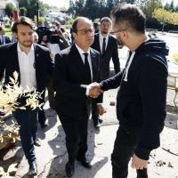Costa Azzurra, Hollande nei luoghi colpiti dalla tempesta