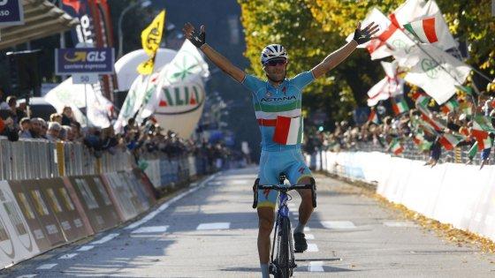 Impresa Nibali, è suo il Giro di Lombardia