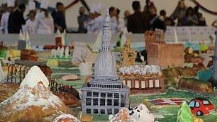 Cake design, entra nel Guinness la torta con i monumenti d'Italia