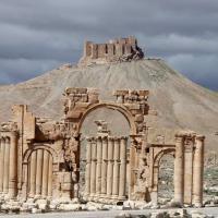 Siria, Is distrugge arco di trionfo a Palmira