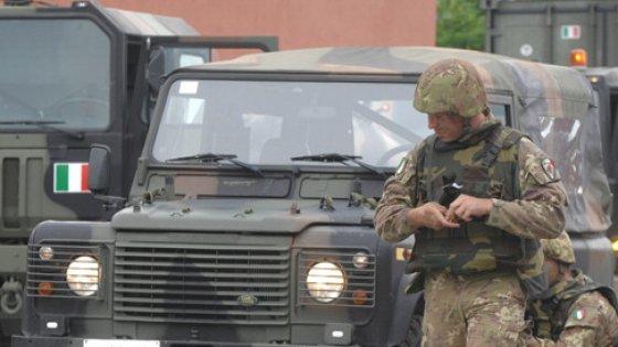 Manovra, scontro sui tagli alle forze armate. Il Tesoro propone -3%, ma la Difesa non ci sta