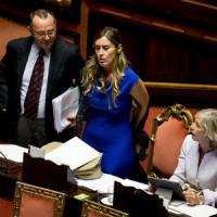 Riforma Senato, ok ad art. 21 su elezione Colle. Opposizioni divise su lettera a...