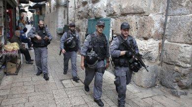 Israele, due ebrei feriti a coltellate   video   nel sud ucciso attentatore palestinese