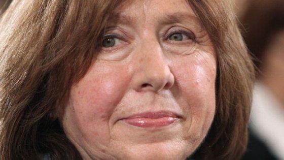 """Nobel per la letteratura a Svetlana Aleksievic: """"Amo la Russia, ma non quella di Stalin e Putin"""""""