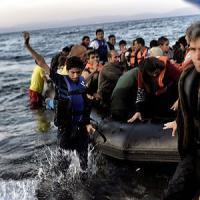 """Crisi migranti: """"Più poteri a Frontex e polizia Ue ai confini"""""""