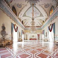 """""""Museo chiuso per festa privata"""". La giungla dell'arte in affitto"""