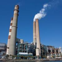 """""""Stop alle centrali a carbone colpevoli di metà dei gas serra"""""""