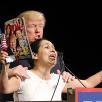 """""""Sono ispanica e lo voterò"""". Trump prova a conquistare le minoranze etniche"""