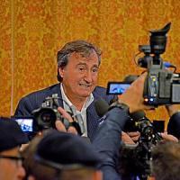 """Brugnaro: """"Metto Klimt all'asta per risanare il debito"""". Bufera sul sindaco di Venezia"""
