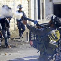 Gerusalemme, uccisi due palestinesi. Sangue a Gaza, 7 morti