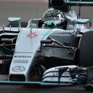 F1, al Gp di Russia Rosberg in pole. Vettel è quarto